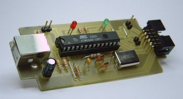 USB programmer for Atmel AVR controllers assembled