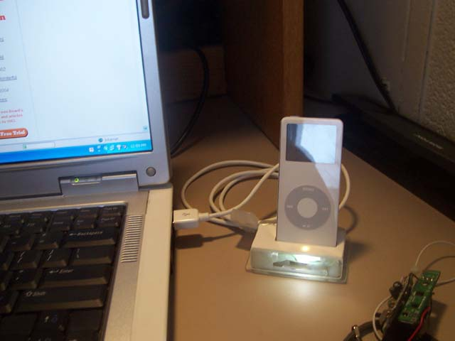 DIY iPod Nano Doc