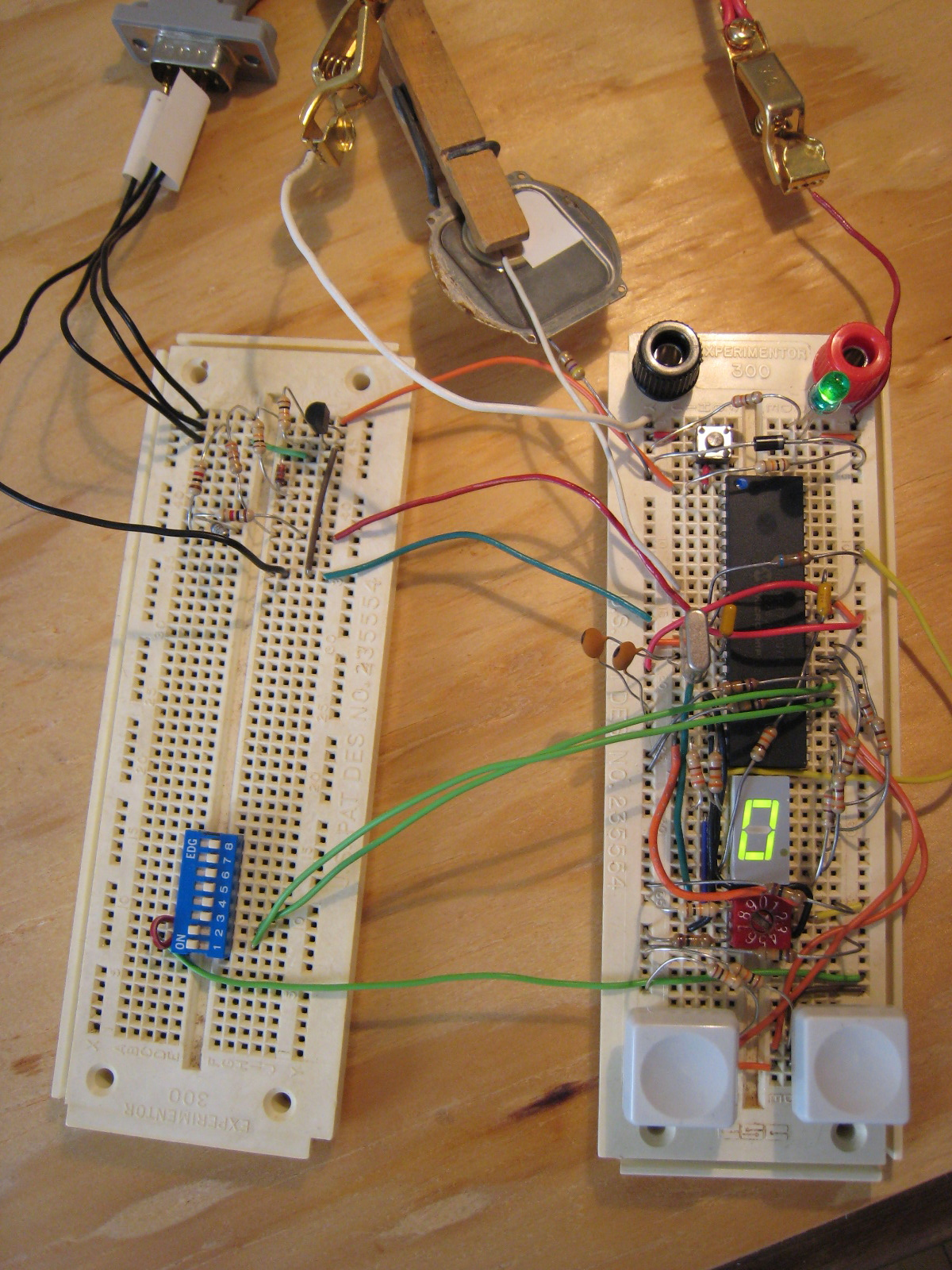 PIC16F877 Timer on the breadboard