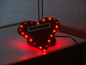 Random twinkling LED heart