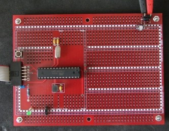 Atmega8 demo assembled
