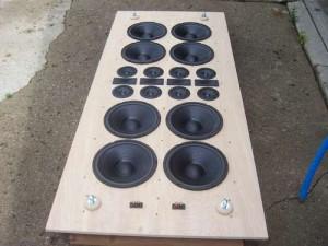 Infinite baffle speaker